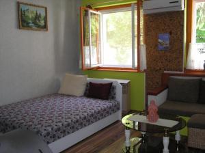 Pálfi Apartman, Апартаменты  Дьюла - big - 19