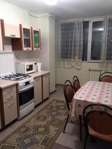 Apartment Moldagulova 5A, Apartments  Aqtöbe - big - 6