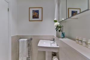 Drayton, Апартаменты  Лондон - big - 15