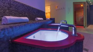 Hotel Hirschen - Grindelwald, Отели  Гриндельвальд - big - 31