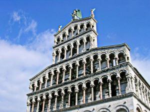 La Regina Di Lucca - Casa Artisti 1, Apartmanok  Lucca - big - 10