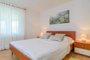 Apartments Dubravka, Apartmány  Trogir - big - 11