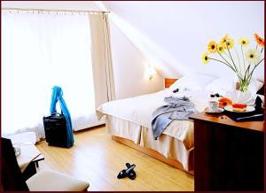 Apartamenty Pod Lwem, Vendégházak  Świdnica - big - 1