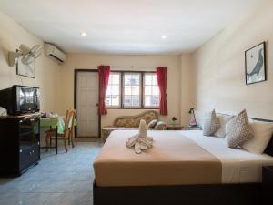 Stefan's Guesthouse, Penziony  Jomtien - big - 44