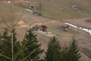 Azra Dağ Evi̇, Alpesi faházak  Güzelce - big - 41