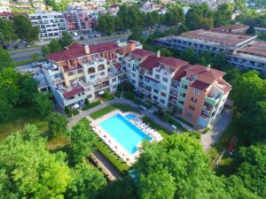 Sea Park Homes Neshkov, Aparthotels  Varna City - big - 1