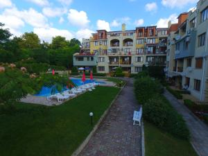 Sea Park Homes Neshkov, Aparthotels  Varna City - big - 54