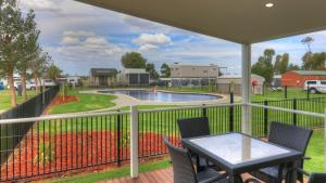 DC on the Lake, Holiday parks  Mulwala - big - 55