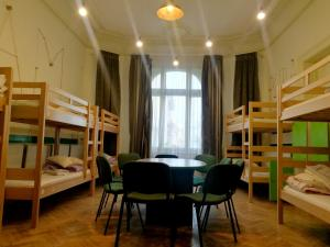 Little Bucharest bar & hostel, Hostels  Bukarest - big - 31