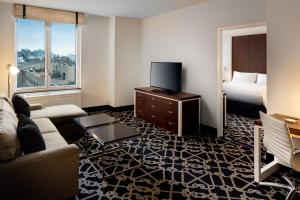 Two-Bedroom King Suite - Mobility Access