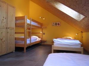 Apartment L Ecureuil, Apartments  Vielsalm - big - 16