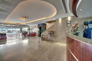 Palm Beach Hotel, Hotely  Dubaj - big - 23