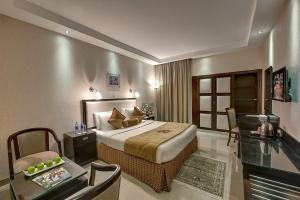 Palm Beach Hotel, Hotely  Dubaj - big - 11