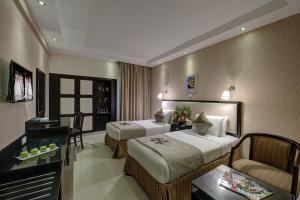 Palm Beach Hotel, Hotely  Dubaj - big - 4