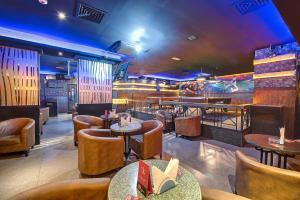 Palm Beach Hotel, Hotely  Dubaj - big - 28