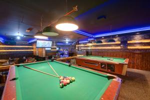 Palm Beach Hotel, Hotely  Dubaj - big - 26