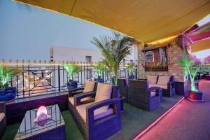 Palm Beach Hotel, Hotely  Dubaj - big - 24