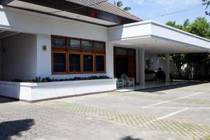 RedDoorz near Gedung Sate, Pensionen  Bandung - big - 9