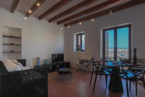 Apartamentos Xereca - Dalt Vila IV, Case vacanze  Ibiza città - big - 7