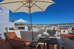 Apartamentos Xereca - Dalt Vila IV, Case vacanze  Ibiza città - big - 1