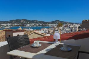Apartamentos Xereca - Dalt Vila IV, Case vacanze  Ibiza città - big - 10