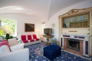 Villa Silia, Apartmanok  Capri - big - 38