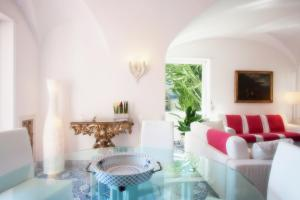 Villa Silia, Apartmanok  Capri - big - 40