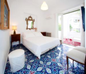 Villa Silia, Apartmanok  Capri - big - 41