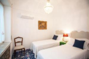 Villa Silia, Apartmanok  Capri - big - 45