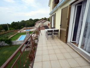 Apartments Gudelj, Apartmány  Malinska - big - 9