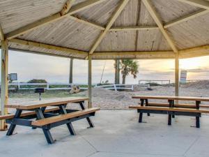 153 By the Sea, Case vacanze  Vilano Beach - big - 71