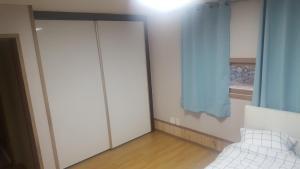 D2 House, Holiday homes  Jeju - big - 8