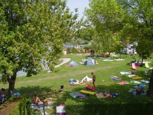 Villa Gabriella, Apartmanok  Balatonboglár - big - 40