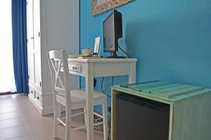 Hotel Kon Tiki, Hotely  San Vincenzo - big - 48