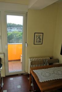 Top place river side apartment -great view 55m2, Апартаменты  Нови-Сад - big - 11