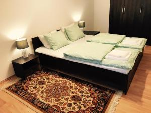Three Oaks, Apartmány  Sibiu - big - 2