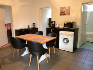 Three Oaks, Apartmány  Sibiu - big - 4