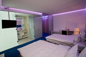 Marshal Garden Hotel, Отели  Бухарест - big - 36