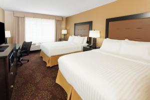 Holiday Inn Express & Suites Sandusky, Hotels  Sandusky - big - 8
