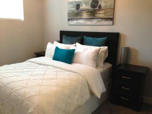 Nature's Door Guest Suite, Bed & Breakfasts  Port Moody - big - 3