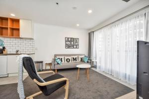 Heart of the City Apartment 1005