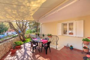 Leona & Borna's Central Lapad Suites, Appartamenti  Dubrovnik - big - 38