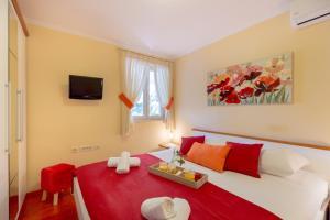 Leona & Borna's Central Lapad Suites, Apartments  Dubrovnik - big - 56