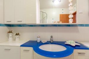 Leona & Borna's Central Lapad Suites, Apartments  Dubrovnik - big - 31