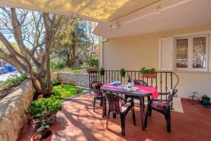 Leona & Borna's Central Lapad Suites, Apartments  Dubrovnik - big - 6