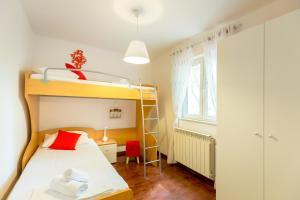 Leona & Borna's Central Lapad Suites, Apartments  Dubrovnik - big - 22