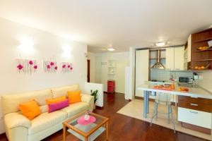 Leona & Borna's Central Lapad Suites, Apartments  Dubrovnik - big - 21