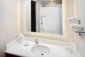 SpringHill Suites Indianapolis Downtown, Hotels  Indianapolis - big - 3