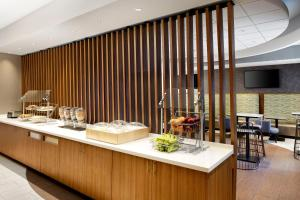 SpringHill Suites Indianapolis Downtown, Hotels  Indianapolis - big - 16