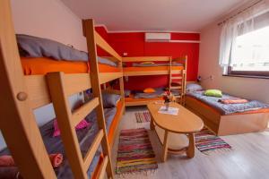 Guesthouse Adi, Penziony  Mostar - big - 18